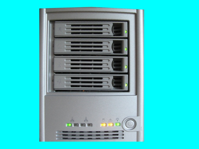 A Lacie Ethernet Disk Raid model INNS04-4200-LAC which had its system warning light flashing.