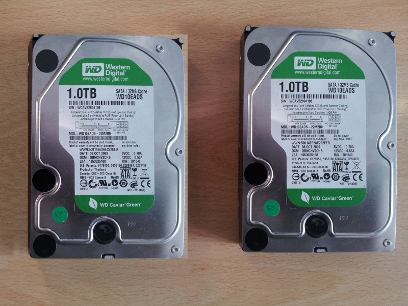 2 Linux hard drives used to form a raid 0 striped array in an Ubuntu server. The raid was no longer detected so these two WD sata drives were sent to us for recovery of the files.